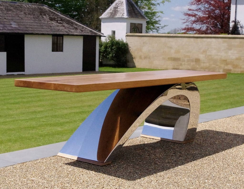 Contemporary garden furniture chris bose for Designer garden furniture