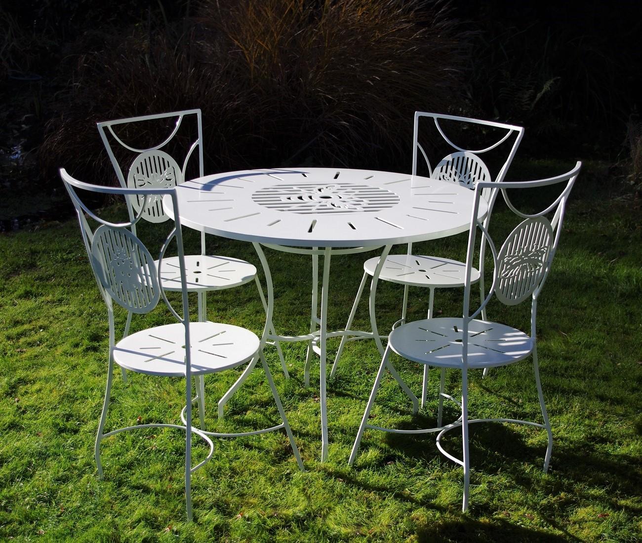 metal garden furniture