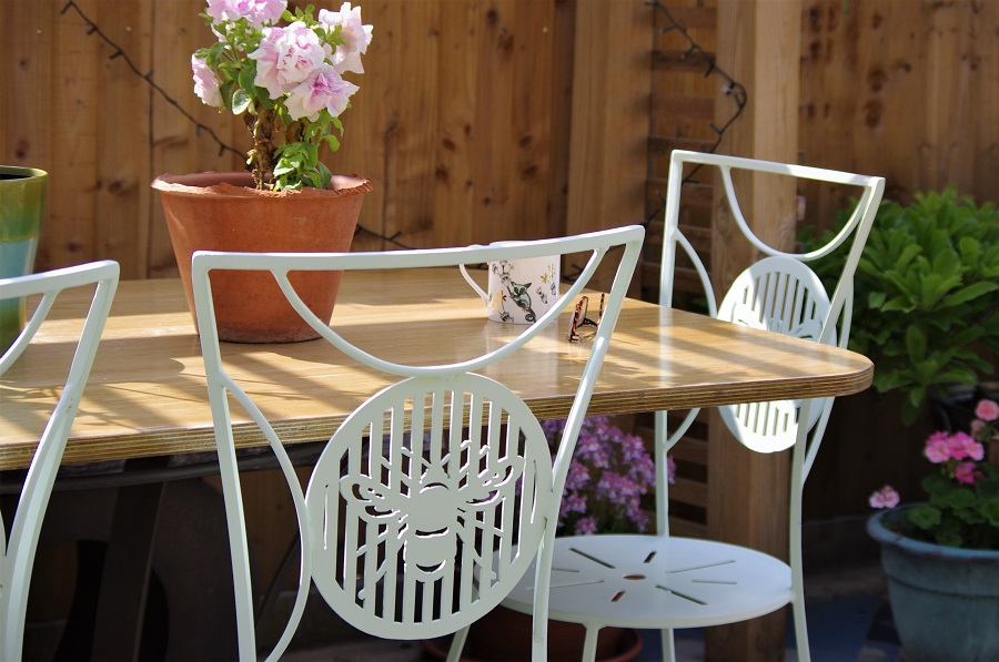 garden furniture care